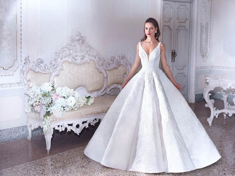 92f4c845f0 Milyen menyasszonyi ruhát keres a nagy napra egy 20 éves, 30 éves ...